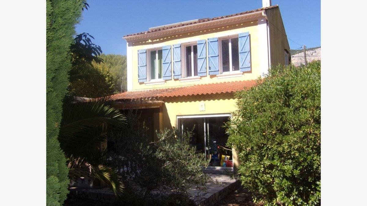 House - Le Revest-les-Eaux